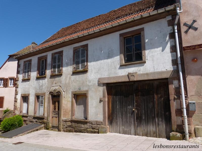 La petite pierre 67 la vieille ville les bons restaurants for Fenetre bourcier