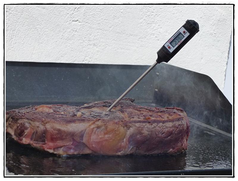 A propos de la cuisson de la c te de boeuf la plancha la guillaumette - Temps cuisson cote de boeuf ...