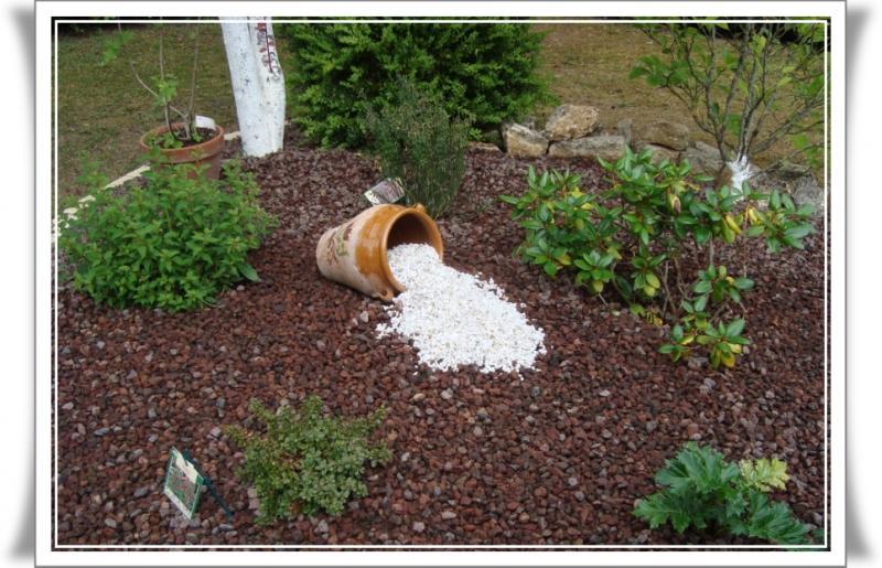 Deco jardin avec gravier meilleures id es cr atives pour la conception de la maison for Idee jardin avec gravier
